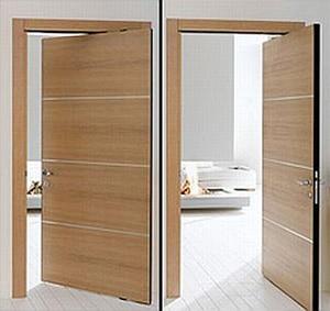 Moderne drevene dvere