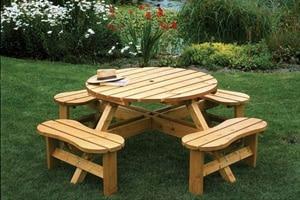 Moderný drevený záhradný nábytok