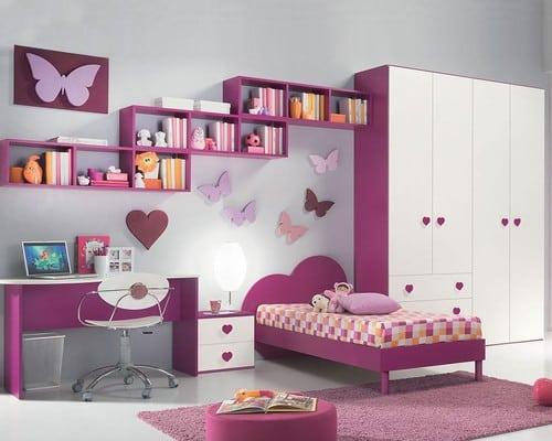 Moderna fialova dievcenska izba