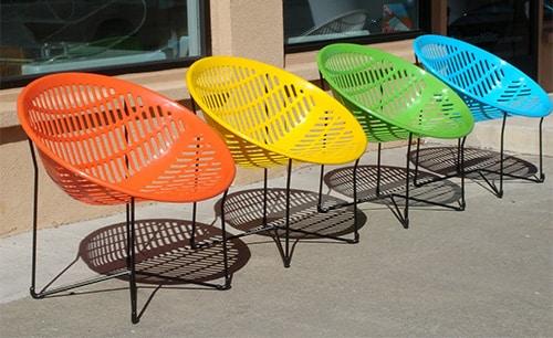 Farebne zahradne plastove stolicky