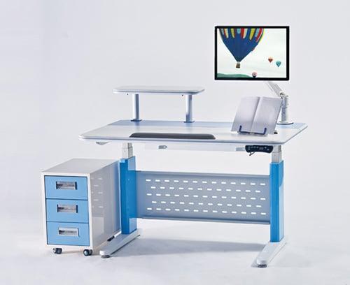 Moderny polohovaci stol