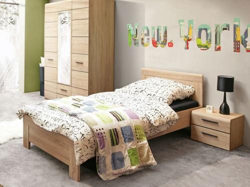 Drevená jednolôžková posteľ