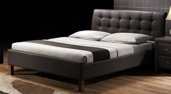 Kožená manželská posteľ