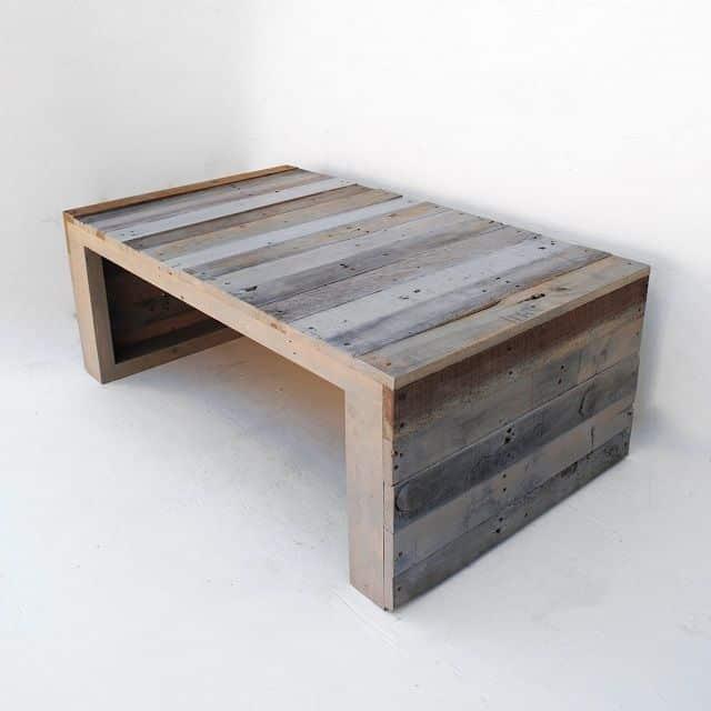 Moderný konferenčný stolík z paliet