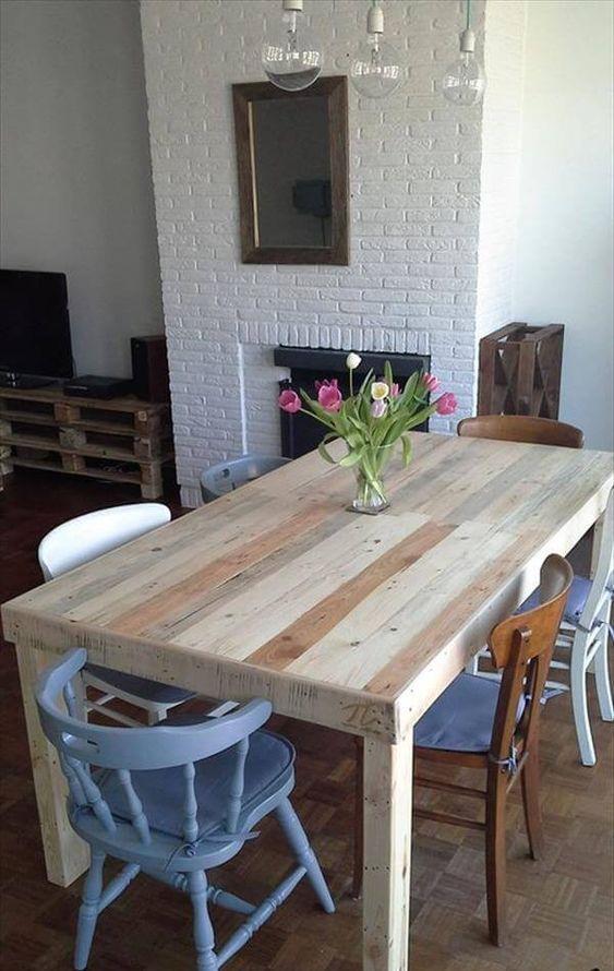 Paletový stôl