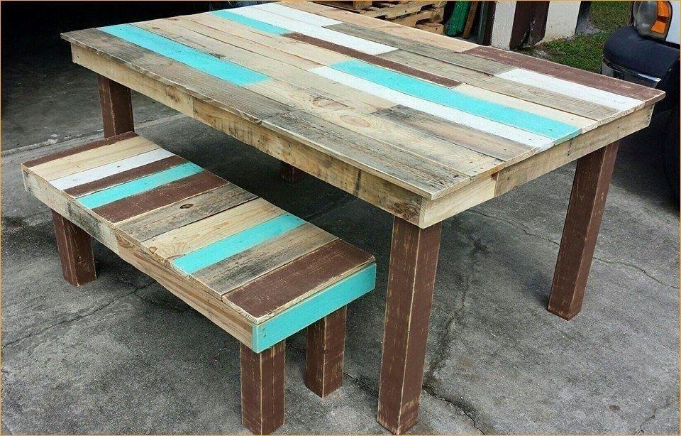 Stôl z paliet