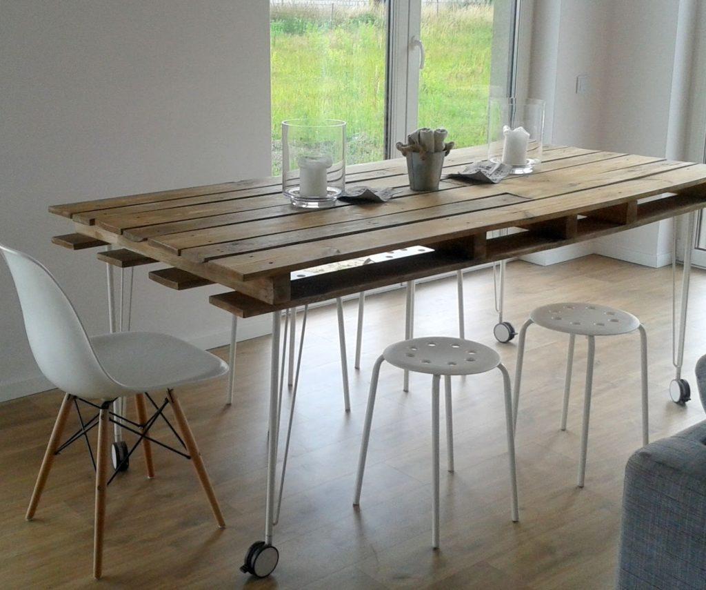 Stôl z palety