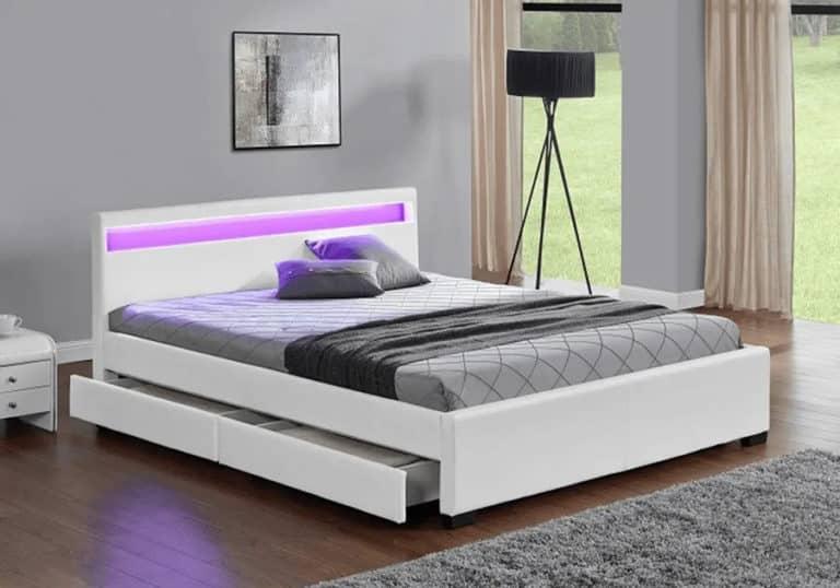 Manželská posteľ so zásuvkami